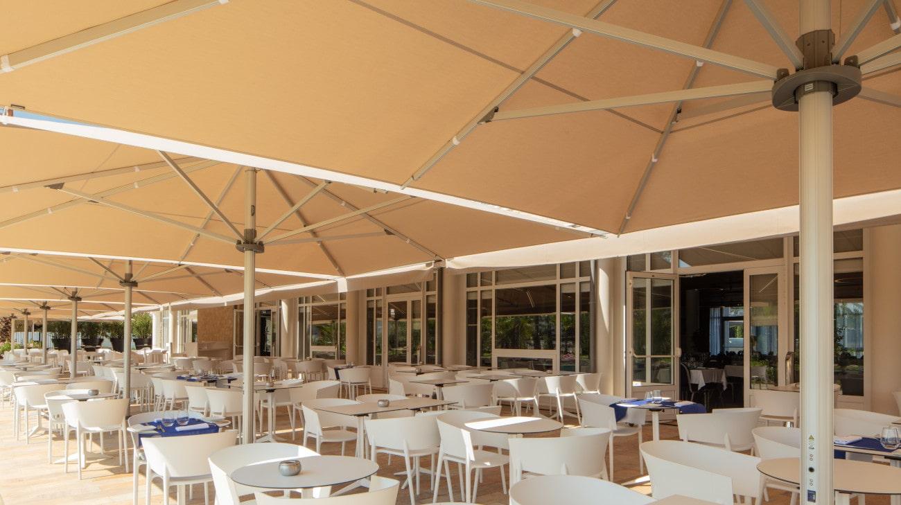 Parasol professionel grande dimension - Palazzo Noblesse 5x5 - Westotel Le Pouliguen - HD 46-min