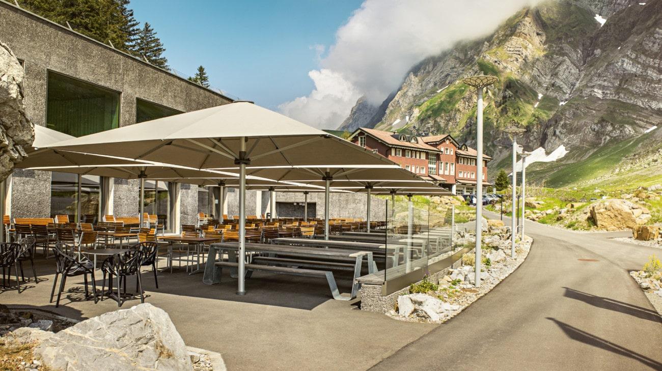 Parasol professionel grande dimension - Parasol Geant - Palazzo Noblesse - Terrasse restaurant 01-min