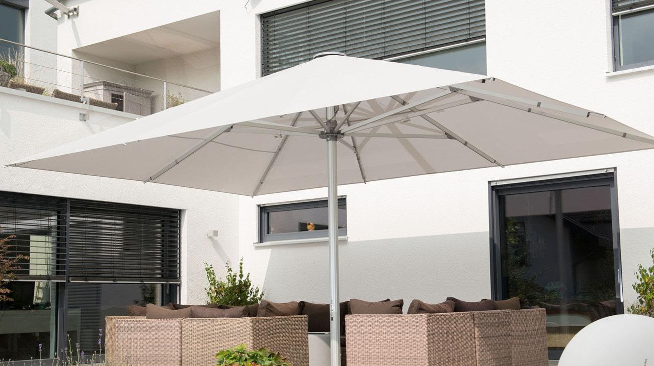 Parasol professionel grande dimension - Parasol Geant - Palazzo Noblesse - Terrasse restaurant 02-min