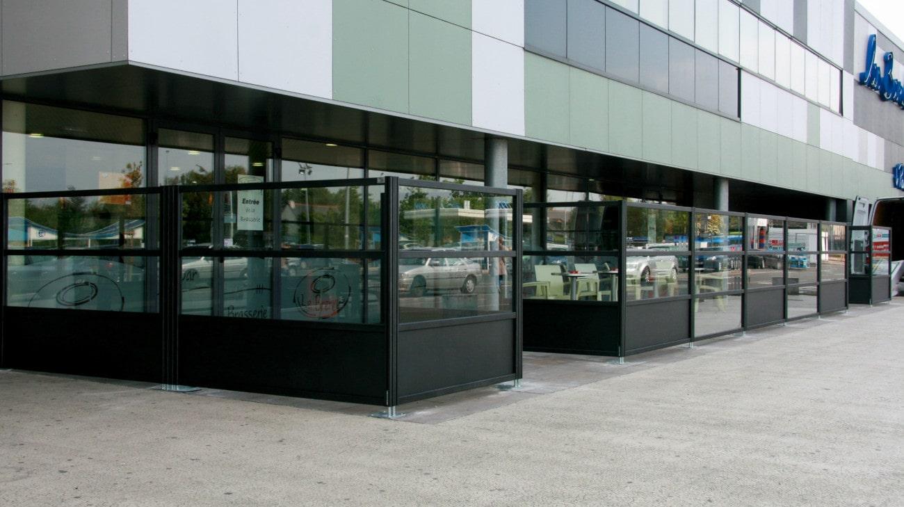 Pare-Vent terrasse restaurant - Parevent vitré Horizon - FORMAT 2 et 3 retouche - 0005-min