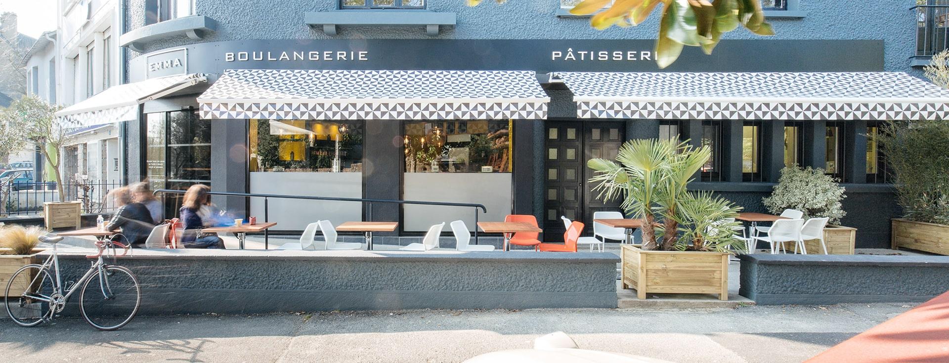 Store Banne Antibes - Store Banne Professionnel Nantes - Boulangerie Emma Procès Nantes - Format 4 03-min