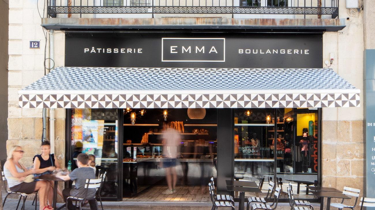 Store Banne Antibes - Store Banne Professionnel Nantes - Boulangerie Emma Scribe Nantes - FORMAT 2 et 3 - HD 4-min