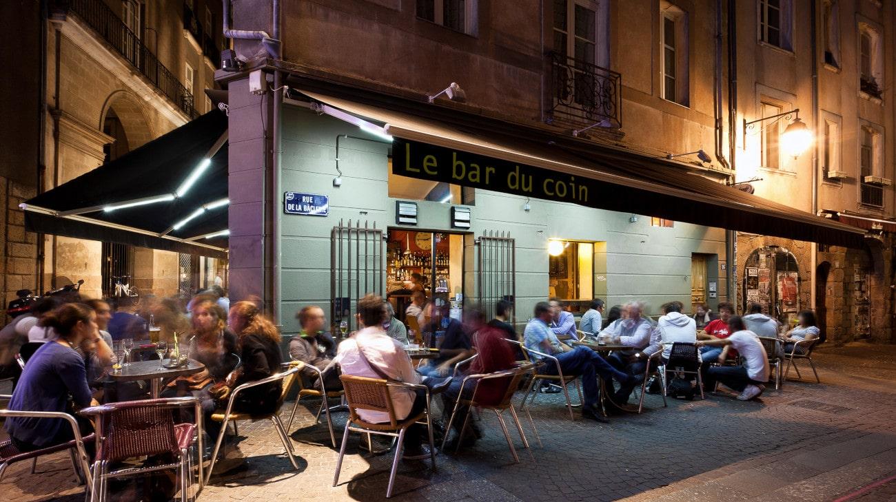 Store Banne Antibes - Le Bar du Coin à Nantes