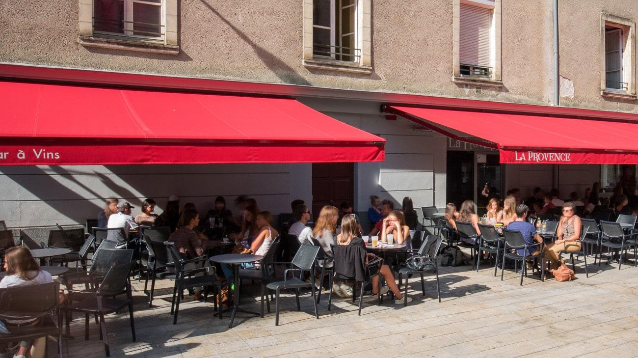 Store Banne Professionnel - Store restaurant - Store Banne Madrid spécial CHR - Bar La Provence Nantes-4-min