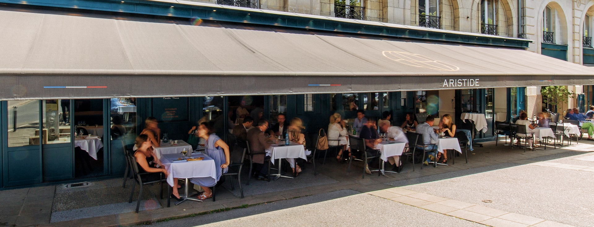 Store Banne Madrid - Aristide à Nantes (44) par Espacio