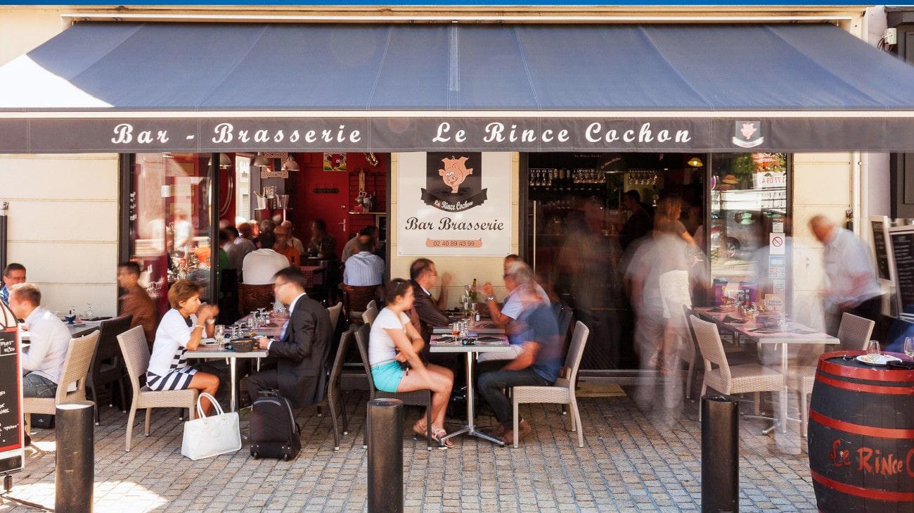 Store Banne Madrid - Brasserie Le Rince Cochon à Nantes (44) par Espacio